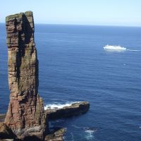 Old Man of Hoy +boat (Jim Symon)